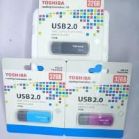 USB Toshiba 2.0 32 GB - Hitam