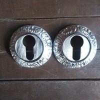 Lubang Kunci Kuningan Chrome motif batik