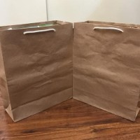 READY STOCK PAPERBAG PAPER BAG TAS KERTAS GOODIE BAG M SHOPPINGBAG
