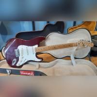 Squier Stratocaster CN Korea 50th Anniversary in Wine Red
