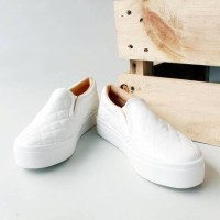 Sepatuafa - Sepatu Slip On Poxing Wanita Emboss Classic - Putih