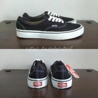 Sepatu Vans Authentic Black White Hitam Putih Original Premium Sekolah 50d8c3e86f