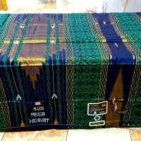 Sarung Tenun Sutra Mega Hidayat 420 Premium diatas bhs sgf sge 7