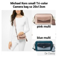 b06862c57f95f4 Tas Michael Kors MK small Tri-Color Camera Bag pink multi/blue multi