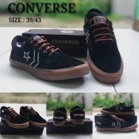 Sepatu Pria Converse One Star Sneakers