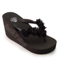 Harga sandal megumi wanita cherry hanya di butika | Pembandingharga.com