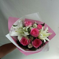 Daftar Harga Buket Bunga Mawar Lili Terbaru 2019 Cek Murahnya ... 35fdfb6cba