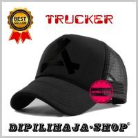 TOPI PRIA TRUCKER INISIAL A C5 - Dipilihaja-shop