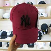 EXCLUSIVE TOPI BASEBALL HAT NY YANKEES MAROON MLB IMPORT fbf1415bae
