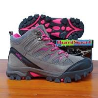775cb555110 Jual Sepatu Adventure di Kab. Sidoarjo - Harga Terbaru 2019 | Tokopedia