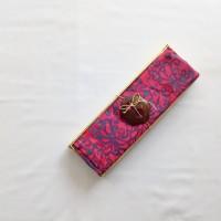 Kain Pantai Bali / Sarong V.102 -Shocking Pink Bunga Biru Tua