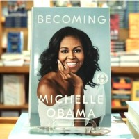 Becoming - Michelle Obama (ENGLISH VERSION HARD COVER)
