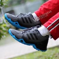 Harga promo Sepatu Running Adidas Pria Terbaru produk berkwalitas