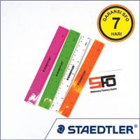 Penggaris Staedtler 15cm - Merah Muda