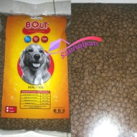 Makanan Anjing CP Bolt Dog Beef Flavour bentuk segitiga 1 Kg