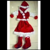 kostum Santa Claus perempuan