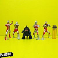 Action Figure Ultraman isi 5 303