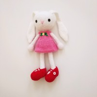 Boneka Kelinci Rajut