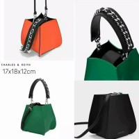 Harga charles and keith sling bag tas wanita original | antitipu.com