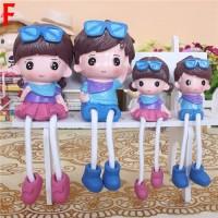 Happy Family Resin Doll Type B /Patung Pajangan Keluarga Kado Souvenir