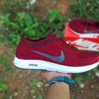 Jual Sepatu Nike Running Pria di DKI Jakarta Harga Terbaru