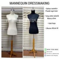 jual manekin dressmaking setengah badan dengan kaki kayu
