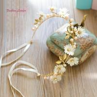 Mahkota Rangkaian Bunga dengan Pita untuk Wanita