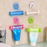 Pencetan gantungan odol pasta gigi sabun cuci muka kosmetik lotion