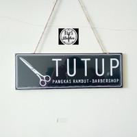 Papan Buka - Tutup Pangkas Rambut & Barber Shop anti gores