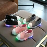 Sepatu Sneakers LED Anak Balita Star