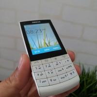 Hp jadul NOKIA X3 white original mulus segel tag N8 N9 N82 N96 E7 LG
