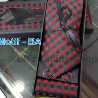 Dasi Set (Box) Dasi Panjang,Cufflink/Manset,Pocket Square/Sapu Tangan
