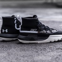 UNDER ARMOUR SC 3Zero II Men Basketball Shoes