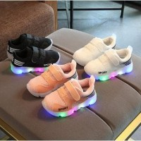 Sepatu 27-31 SEPATU SPORT CASUAL LED WARNA-WARNI / SEPATU LED ANAK