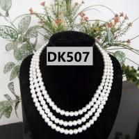 Kalung Mutiara Tiruan Tiga Tingkat Warna Putih - DK507