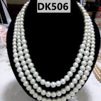 Kalung Mutiara Tiruan Tiga Tingkat Warna Putih - DK506