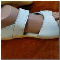 Perlengkapan Haji Dan Umroh, Sepatu, Sendal Haji/Umroh Wanita - Putih, 37