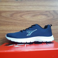 9d1590611e2 Jual Sepatu Olahraga Diadora Original Murah - Harga Terbaru 2019 ...