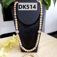 Kalung Motif Rangkaian Mutiara Bergelang Warna Krem Gold - DK514