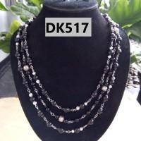 Kalung Motif Rantai Bola Tingkat TIga Warna Hitam - DK517