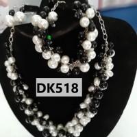 Kalung Motif Rantai Bola Warna Hitam dan Putih - DK518