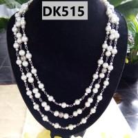 Kalung Motif Rantai Mutiara Tingkat TIga Warna Putih - DK515