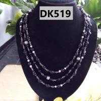 Kalung Motif Rantai Bola Warna Hitam dan Putih TIngkat TIga - DK519