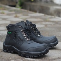 Sepatu Pria Boot Kickers Morisey Safety Plat Besi