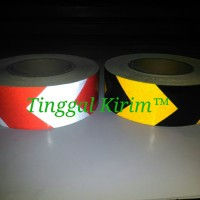Sticker reflective scotchlite arrow/ stiker reflektif panah eceran