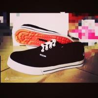 Sepatu Pria Sneakers Vans Era Murah