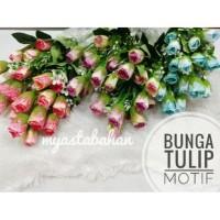 Bunga Tulip Motif