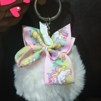 gantungan kunci pompom unicorn cantik