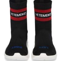 5827f1311c8d Diskon 25% Promo VETEMENTS Reebok Sock Pump Sneakers SUPREME