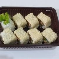Sushi Spicy Tuna Roll set HALAL ala Chef Hotel Shangrilla